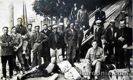 Будаўнікі гродзенскай каналізачыі падчас забастоўкі, 1930-я гг